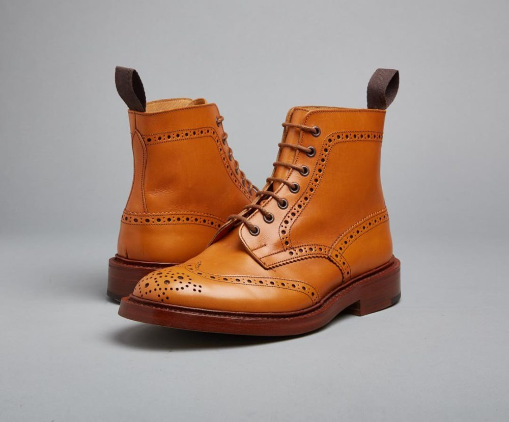 福岡 靴磨き トリッカーズ